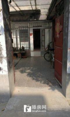 烟厂金孔府西区一楼帯院出租
