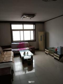 振兴花园 三室4楼 家具家电齐全 急租