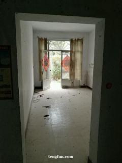 独门独院  上下两层 常年出租