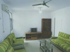 奎文东北区多层5楼3室家具齐全空调月租1300