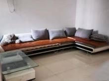 恒泰花园:3室简单装修,证满五年,可贷款