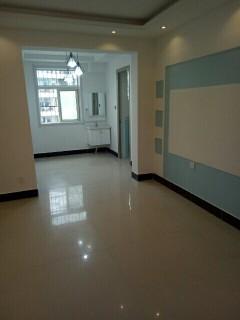 振兴花园中间楼层97平方精装修带储3室2厅78万
