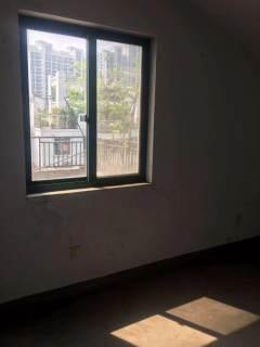滨江一期多层5.6楼复式231平140万