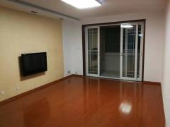 浦东花园140平三楼层送31平大车库