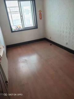 碧桂园3室2厅房子出租,精装修,1300元每月