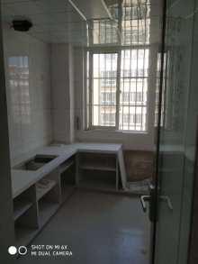 金城花园多层4楼经典三室新装修没住 新证过户 没有土地出让金