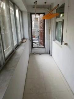 (城东)七彩阳光城3室1厅1卫108m²简单装修可贷款