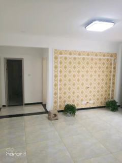 熙城国际 装修半年多了 首次出租 要求租客干净 卫生
