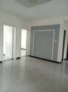 金城花园,3室1厅1卫86.2m²,精装修,证满五可贷款有储