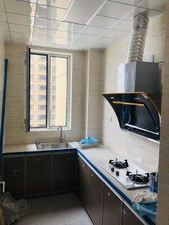 (城西)熙城国际2室2厅1卫83m²简单装修