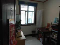 (市中心)信达小区3室1厅简单装修学区房首付30来万
