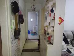 安康花园 两室一厅朝阳  精装修   证满2  可贷款