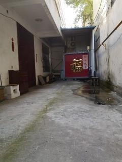 梁场独院4室3厅2卫220m2简单装修