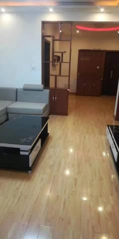 (市中心)爱家豪庭2室2厅1卫110m²豪华装修