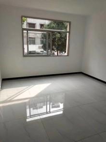 鲁东小区3室1厅1卫90m²简单装修