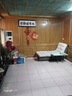 (市中心)幸福小区3室1厅1卫92m²简单装修送储藏室满五