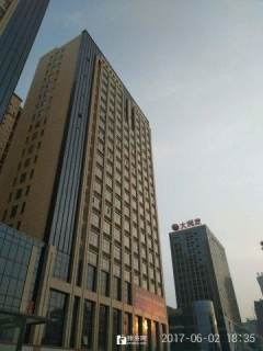 (市中心)中央公館1室1廳1衛51m2豪華裝修