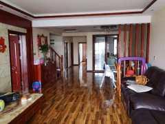 (城东)七彩阳光城大三室豪华装修顶楼42平阁楼,证满5可贷款