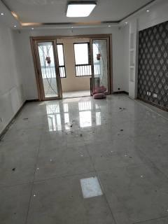 缇香郡一期4楼两室两厅一卫精装修有证可贷款有钥匙