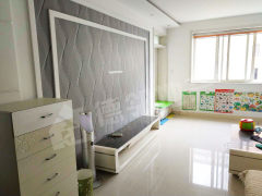 荆善南苑 精装3室2厅1卫 黄金楼层 证满5年可贷款 送车库