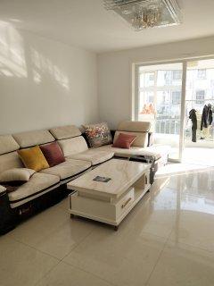 振嘉名苑 一室一廳朝陽 客廳大落地窗 精裝修 可貸款 有鑰匙