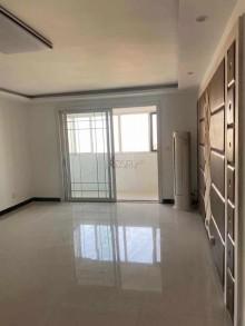 锦泰名城3室2厅2卫144m²精装修仅售116万 暖气齐全