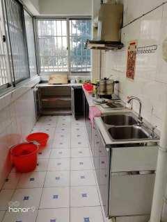 (市中心)碧桂园3室1厅1卫105m²简单装修