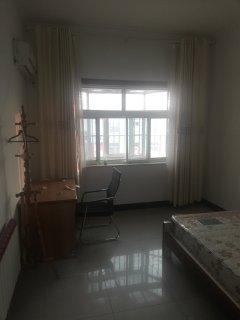 (城北)科圣园4室2厅1卫130m²简单装修