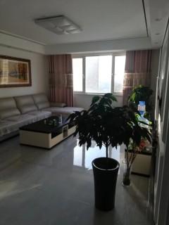 (市中心)碧桂园3室1厅1卫108m²豪华装修