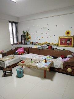 金馨花園高一樓 經典三室 精裝修 證滿二可貸款 送儲藏室讀家