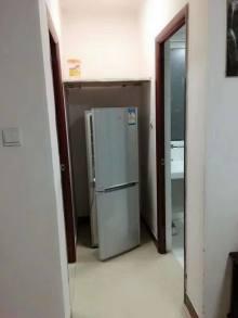 中央城A区 电梯好楼层 中装单身公寓 证满两年可贷款!