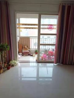(城东)汇龙和谐康城2室2厅1卫95m²豪华装修