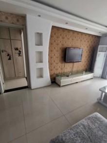 阳光丽景3室2厅2卫136m²简单装修