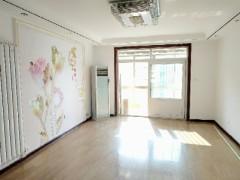 香格里拉花园3室2厅2卫132m²精装修120万送车库