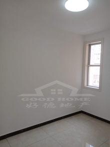 (市中心)春秋阁繁华市中心4室1厅1卫96m²豪华装修