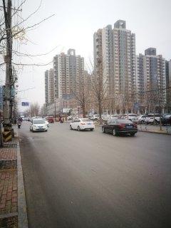 塔寺中街沿街门头,上下两层