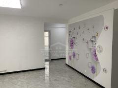 (市中心)新兴步行街3室2厅1卫107.9m²豪华装修