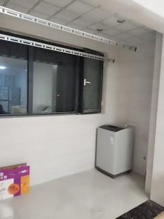 (城西)佳美广场3室2厅2卫120m²简单装修