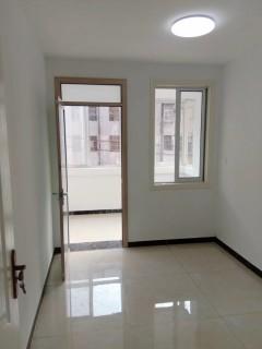 (市中心)春秋阁3室1厅1卫83m²豪华装修