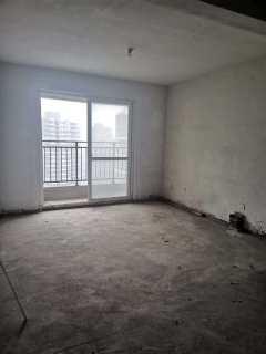 威尼斯六区中间楼层毛坯房三室两厅前后双阳台有证能贷款
