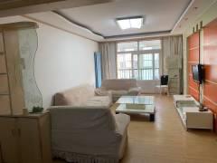 (城东)凤凰苑3室2厅1卫101m²豪华装修