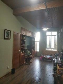 (市中心)中央城2室1厅1卫48.6m²豪华装修