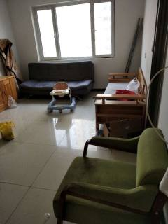 (市中心)中央城3室1厅1卫86m²简单装修