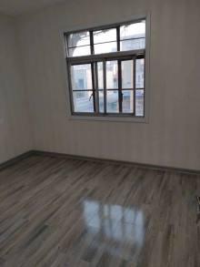 北辛中学旁 赵王河 多层三楼 精装三室 紧靠学院路看房方便