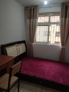 2室1厅1卫80m²豪华装修