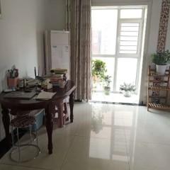 滨江三期3室1厅1卫140m²豪华装修