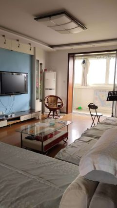(市中心)清河花苑3室2厅2卫126m²简单装修满五可贷送储