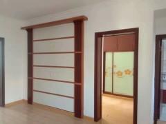 (市中心)春秋阁3室1厅1卫74m²简单装修