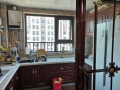 缇香郡一期豪华装修 两室一厅朝阳 中间好楼层 有证可贷款