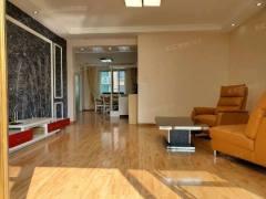 通盛上海花园:北辛学区房四室两厅精装修,有证可贷款送储藏室